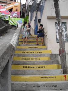 Gedichttreppe, Rio de Janeiro, Favela St. Teresa (2012)